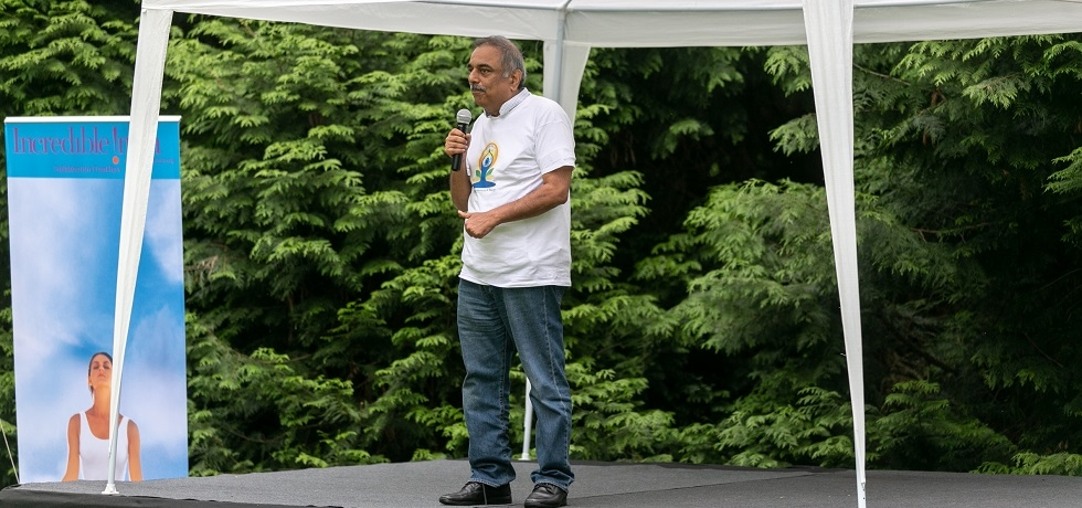 Ambassador addressed the 5th International Day of Yoga participants in the Volčji Potok Arboretum