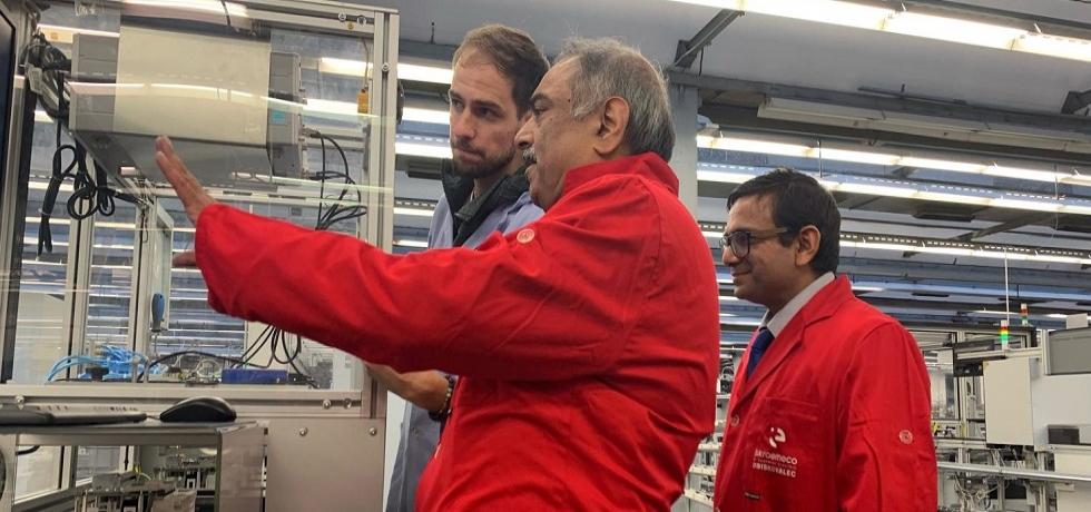 Ambassador visited the Iskraemeco company on Friday, 15 November 2019 in Kranj
